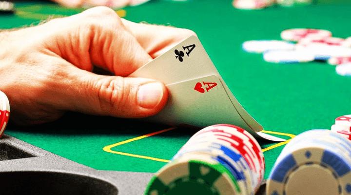 Jugar al póker: Red de póker
