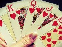 Jugar al póker: jerarquía de jugadas