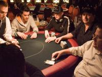 Jugar al póker: ¿Qué es un jugador profesional de póker?
