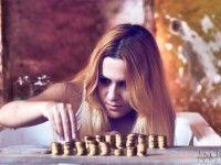 El efecto de la avaricia al jugar al póker