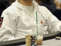 Jugar póker Texas Holdem: La defensa de las ciegas