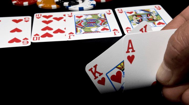 Manos de póker: El poder de AK
