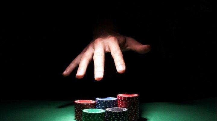 Jugar al póker: Controlar el tamaño del bote