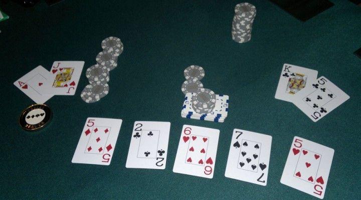 Jugar al póker: Comprar el river