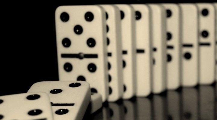 Desmontando mitos sobre el juego de póker: El efecto dominó