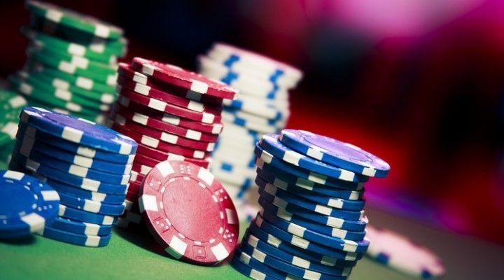 """Desmontando mitos del juego de póker: El halo del """"profesional"""""""